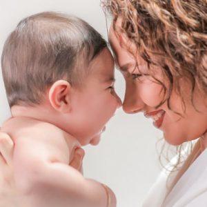 آتلیه بارداری در کرج - نکات ایمنی برای عکاسی از نوزاد